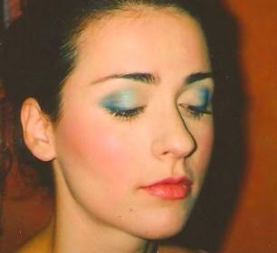 turquoise eyeshadow 001 - Copy