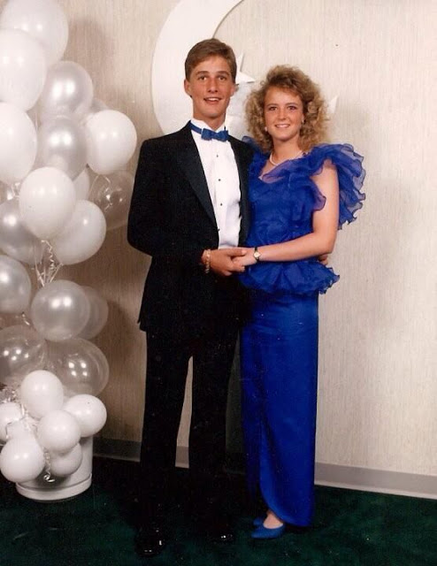 26 Pics Of Celebrities At Prom