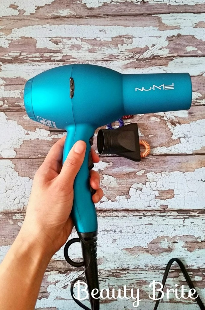 Signature Dryer in Turquoise