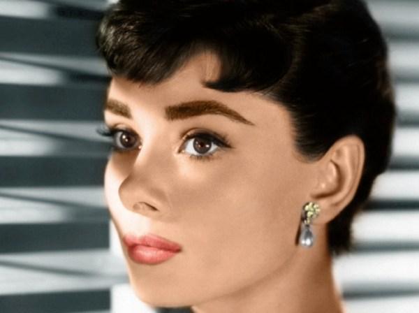 sopracciglia-audrey-hepburn-eye-makeup-2