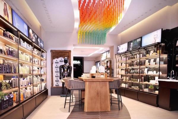 AVEDA_Store_Via Fiori Chiari 2