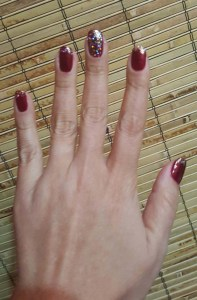 holiday manicure 2