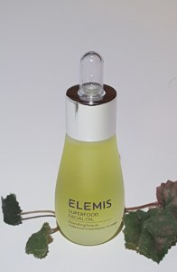 Elemis Superfood Facial Oil 3