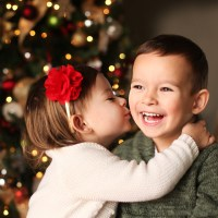 How to Take Photos of Your Kids in Front of the Christmas Tree