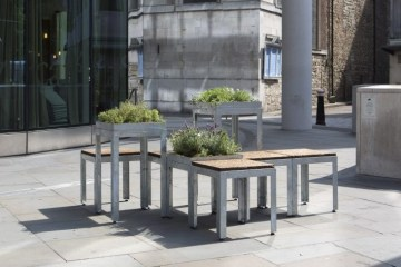 copyright : Agnese Sanvito / Bench by Eleanor Dodman Architects