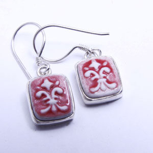Flordelis porcelain and sterling silver earring
