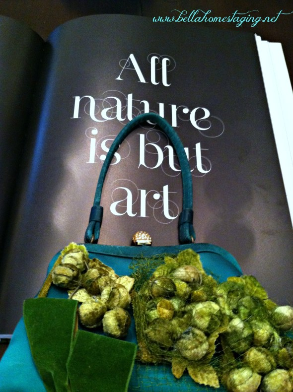 green purse all nature is but art