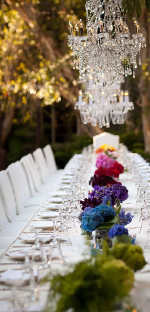 Elegant & fun table by @Ingrid Heise-Lise Williams Geller Events #Rainbow ombre floral design