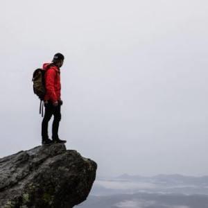 hiking-img