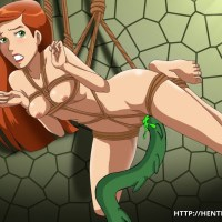 Nude and tied Gwen gets fucked by some green alien tentacle!!!