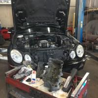W211のオイル漏れを修理