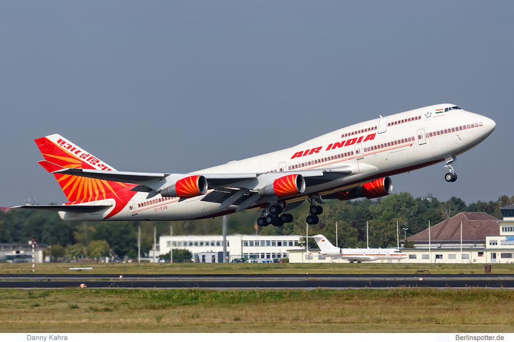 Air India Boeing 747-400 VT-EVB