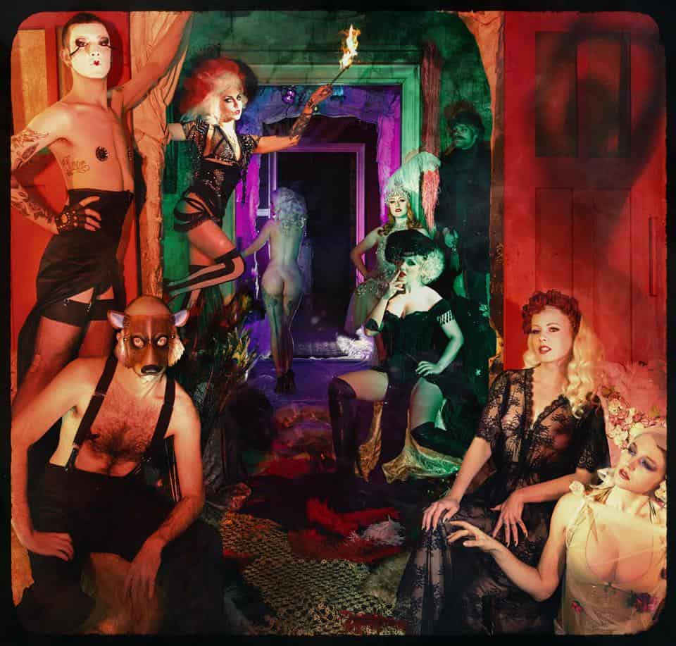 The house of red doors thursday infamous salon zur wilden renate