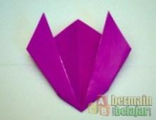 Membuat Origami Tulip