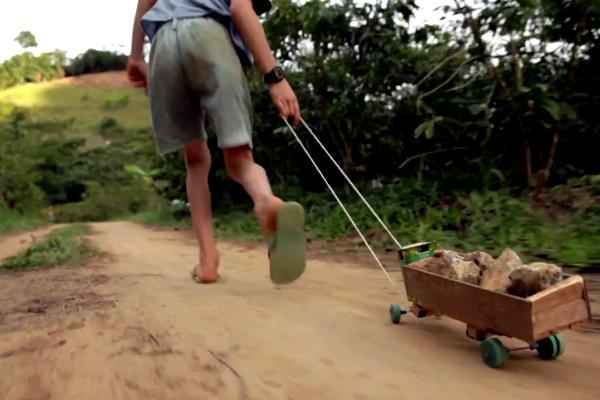 Território do Brincar - A linguagem da brincadeira