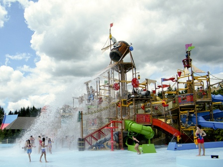 How to Enjoy Waterparks in Canada