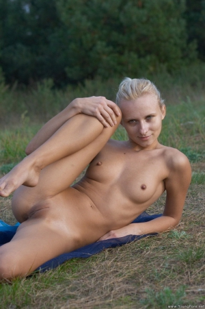 naked girls hanged dead