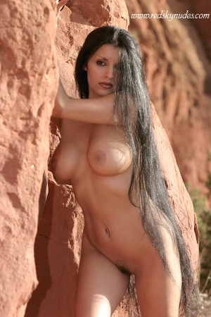 nude women with very long hair