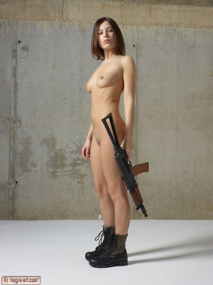 girls with guns and c