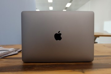 MacBook Pro 13-inch (2016, with Touch Bar) Laptop