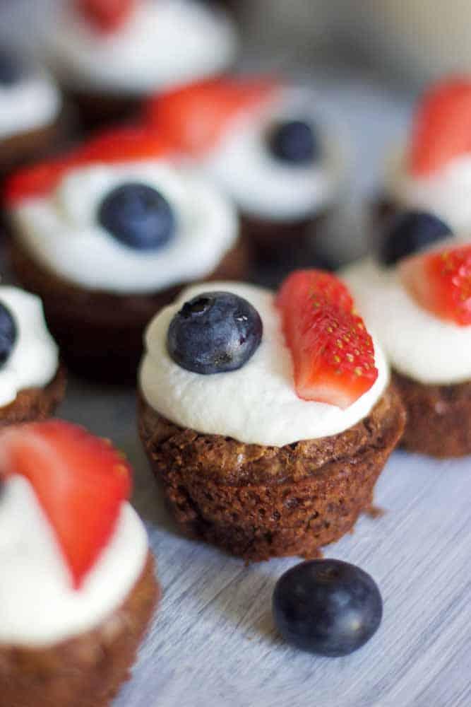 mini-patriotic-brownies13