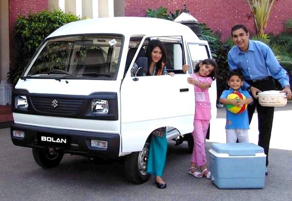 Suzuki Bolan Pakistan August 2015