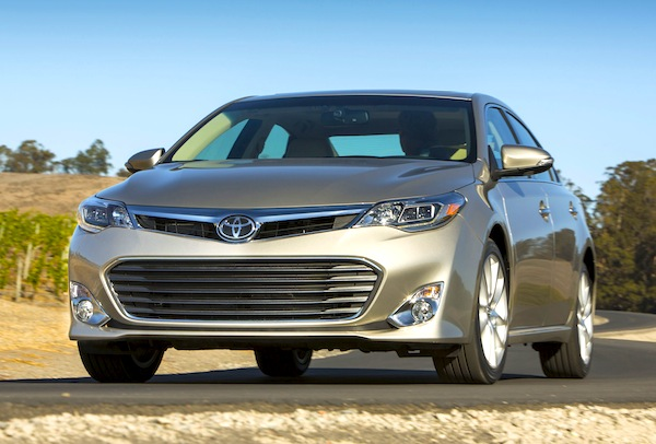 Toyota Avalon Kuwait January 2013