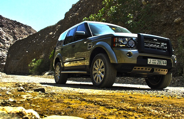 Land Rover LR4 Bahrain January 2013. Picture courtesy of Motoring Middle East