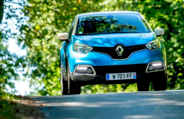 Renault Captur Bulgaria 2015. Picture courtesy of largus.fr