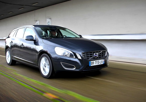 Volvo V60 Sweden September 2014. Picture courtesy of largus.fr