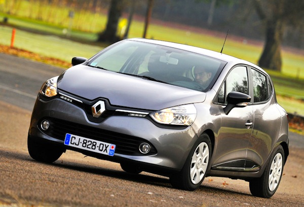 Renault Clio IV New Caledonia May 2014. Picture courtesy of hamms.ru