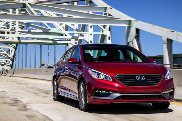 Hyundai Sonata Canada August 2014. Picture courtesy of caranddriver.com