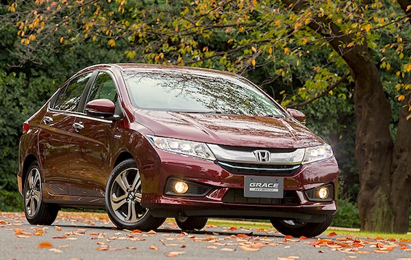 Honda Grace Japan December 2014. Picture courtesy of car.watch.impress.co.jp