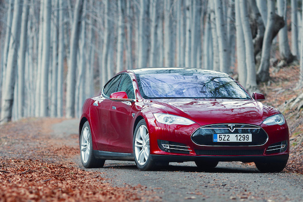 Tesla Model S Denmark 2015. Picture courtesy don.vn.cz
