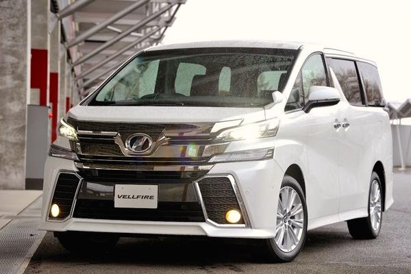 Toyota Vellfire Japan February 2015. Picture courtesy response.jp