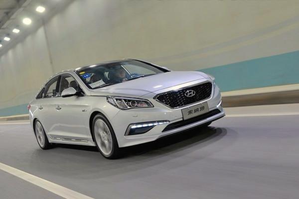 Hyundai Sonata South Korea March 2015. Picture courtesy bobaedream.co.kr