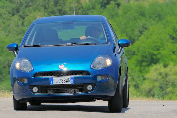 Fiat Punto Portugal April 2015