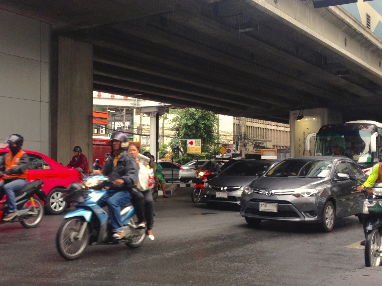bangkok automobiles Through advancement and development in automotive technology, an automobile has evolved beyond a vehicle for more than 130 years, automotive innovations have been.
