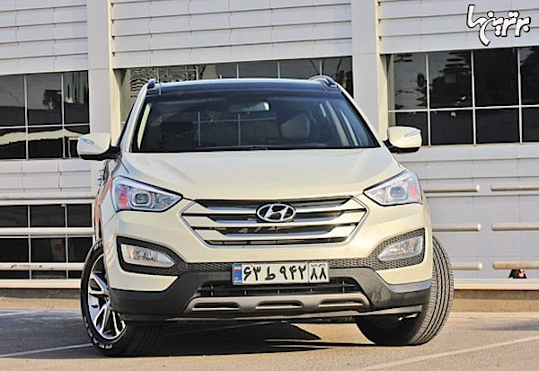 Hyundai Santa Fe Iran March 2015. Picture courtesy bartarinha.ir