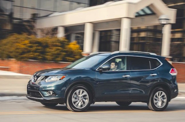 Nissan Rogue USA August 2015. Picture courtesy carswall.net