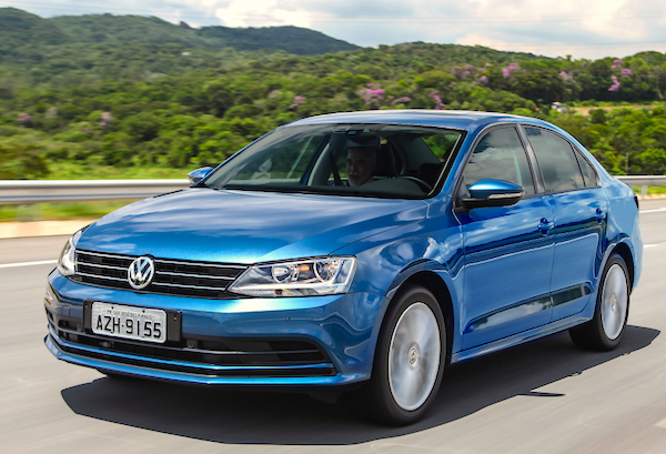 VW Jetta Turkey August 2015