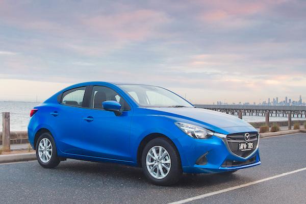 Mazda2 Thailand October 2015