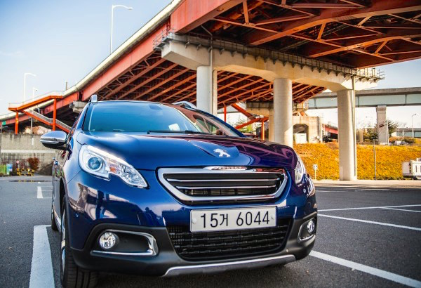 Peugeot 2008 South Korea October 2015. Picture courtesy autodiary.kr