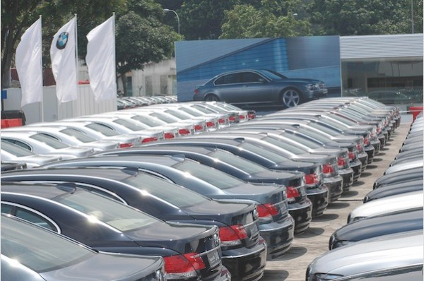 Car dealership. Picture courtesy theonecar.com