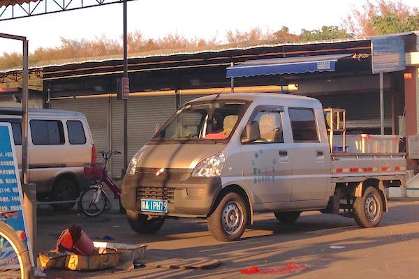Wuling Mini Truck Guangzhou 3