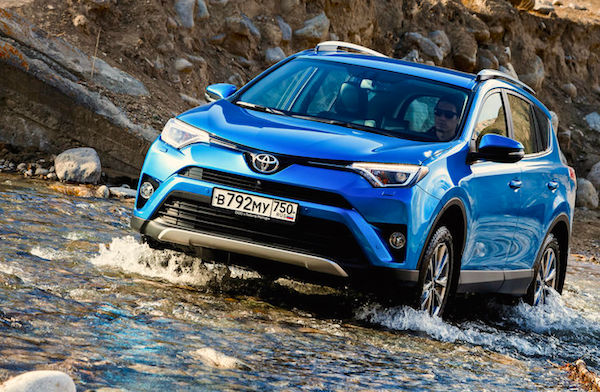 Toyota RAV4 Russia April 2016. Picture courtesy zr.ru