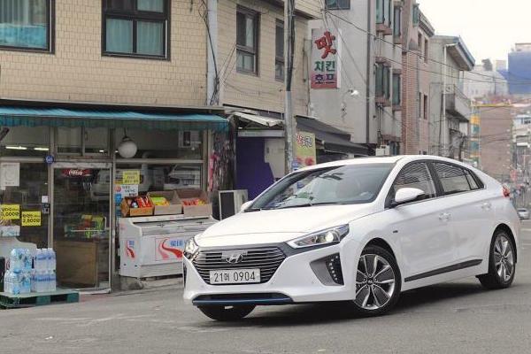 Hyundai Ioniq South Korea March 2016. Picture courtesy autocar.co.uk