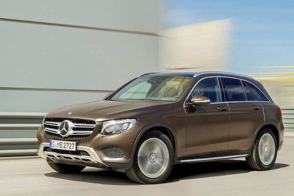 Mercedes GLC Europe April 2016