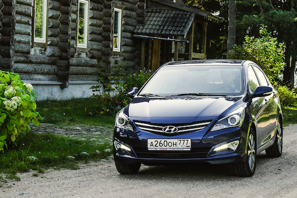 Hyundai Solaris Russia June 2016. Picture courtesy trendymen.ru
