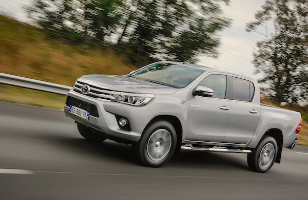 toyota-hilux-south-africa-september-2016
